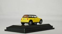 Schuco 1-87 Mini Copper YLW 06
