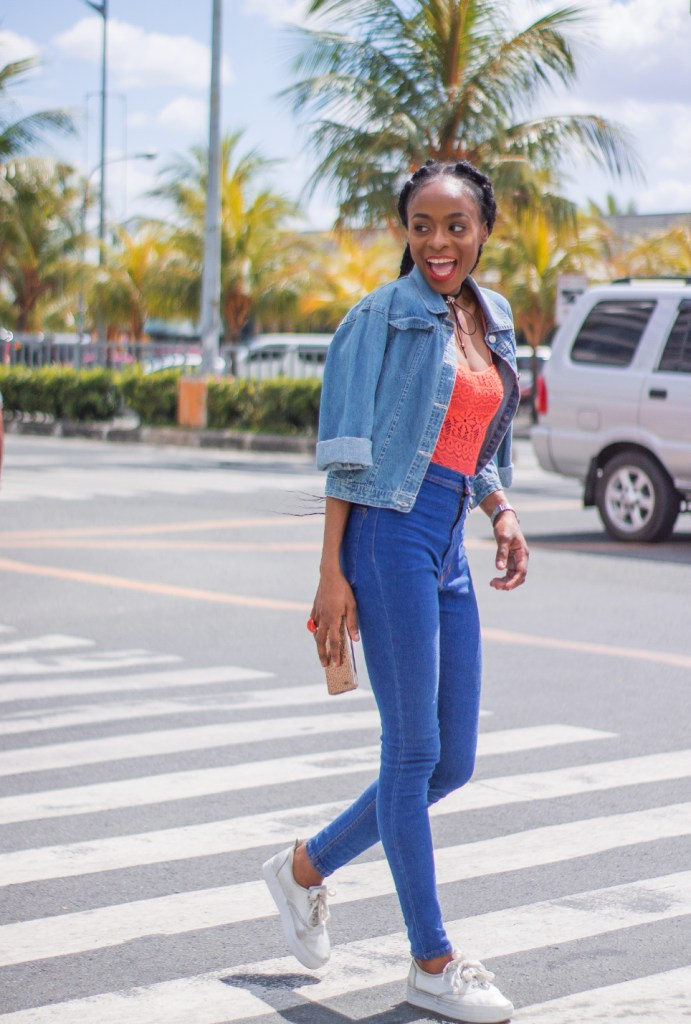 foreign fashion blogger in philippines high wasited denim