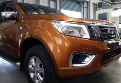 Nissan-Navara-2015-front-corner