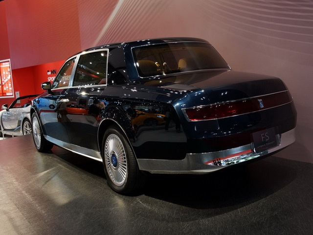 New Toyota Century rear view