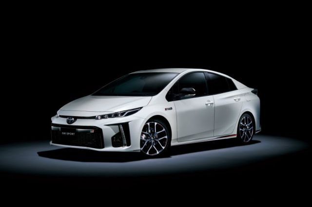 2018 Toyota Prius PHV Prime GR Sport front