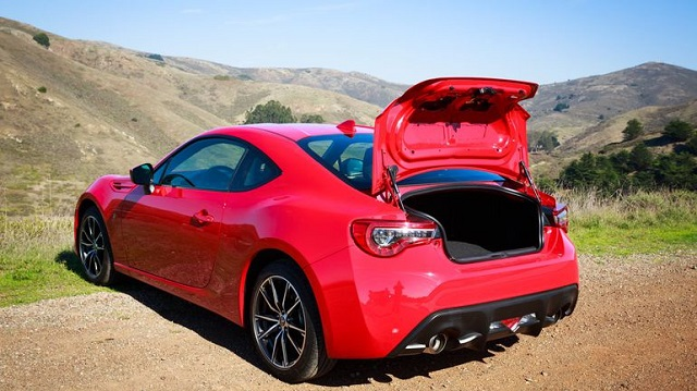 2018 Toyota 86 Refreshed And Get Performance Kit rear view