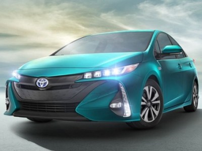 2018 toyota prius plug in hybrid review