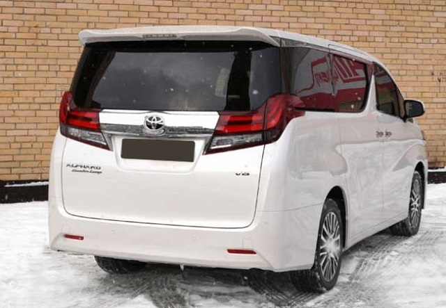 2019 Toyota Alphard rear view