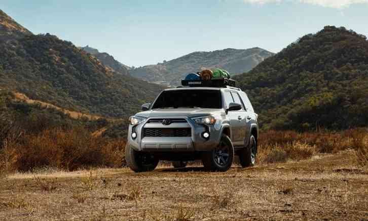 2022 4runner spy photos Highs Highly capable off-road, roomy cargo hold