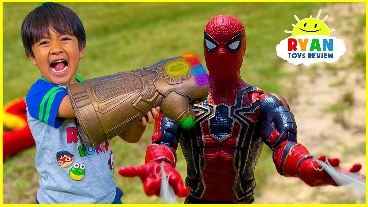Marvel Avengers Superhero Toys Helps Ryan take back the Gauntlet from Thanos - Marvel Avengers Superhero Toys Helps Ryan take back the Gauntlet from Thanos!!!!