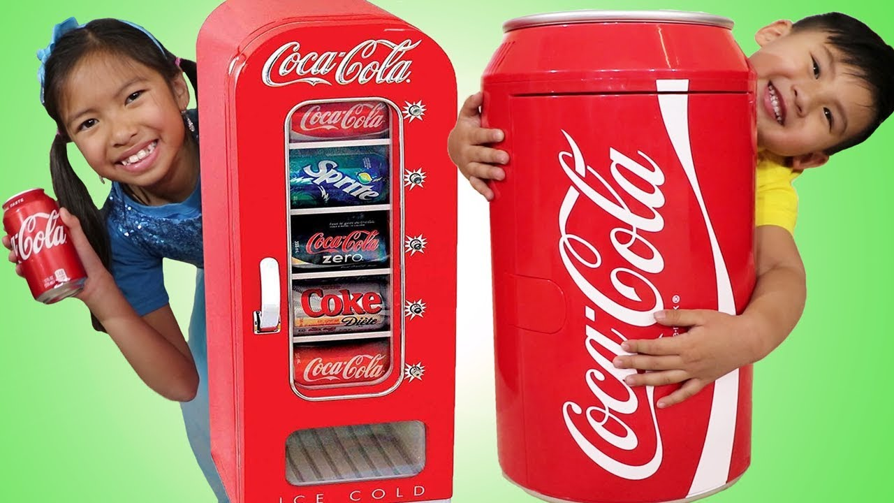 Wendy Liam Pretend Play w Giant Coca Cola Vending Machine Kid Refrigerator Toy - Wendy & Liam Pretend Play w/ Giant Coca Cola Vending Machine & Kid Refrigerator Toy