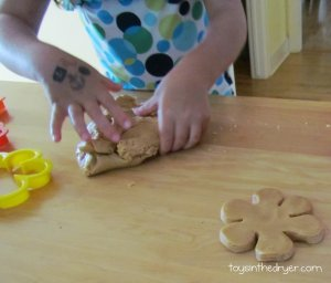 Playdough of the Month–Edible Peanut Butter