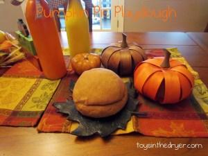 pumpkin pie playdough, fall playdough, playdough recipes, october playdough, november playdough