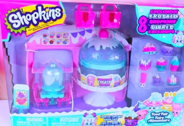 Tiana Hearts Shopkins Frosted Cupcake Queen Cafe Playset With 8