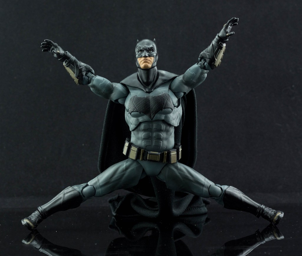 Figuarts Justice League Batman