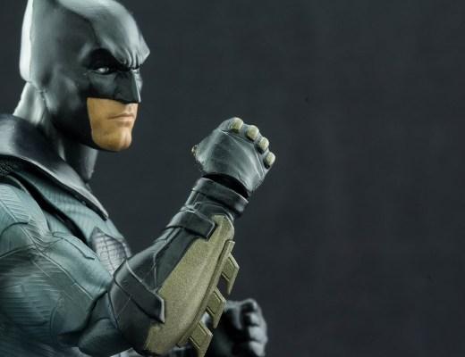 Figuarts Justice League Batman