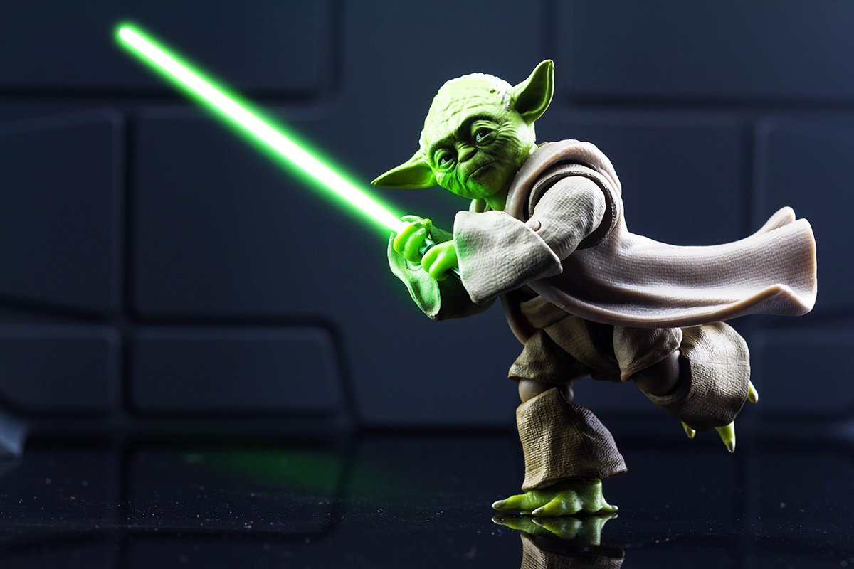 Bandai S.H.Figuarts Star Wars Revenge of the Sith Yoda Action Figure