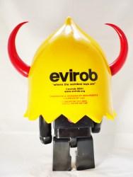 medicom_toy-kubrick-400-devilrobots-evirob-14