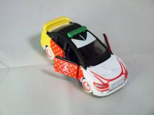 tomica-kuji-kabukimono-mitsubishi-lancer-evolution-x-04