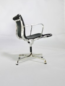 1-12-reina-design-interior-collection-designers-chairs-assort-1-series-a-eames-aluminum-group-blk-1
