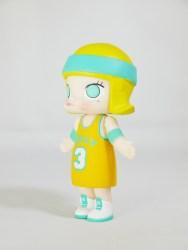 kennyswork-pop-mart-molly-sports-series-1-basketball-ylw-03