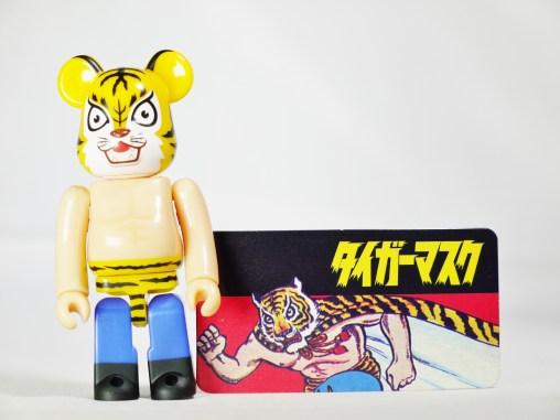 medicom-bearbrick-s27-hero-manga-series-tiger-mask-ikki-kajiwara-tsuji-naoki-08
