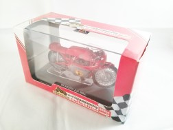 italeri-protar-world_champ_col-500cc_motogp-mv_agusta-3cil-1967-07