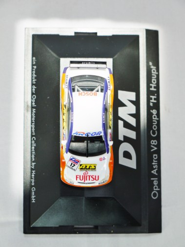 Herpa GmbH - 1-87 Motorsport Collection Opel Astra V8 Coupe H. Haupt - No. 17 - 03