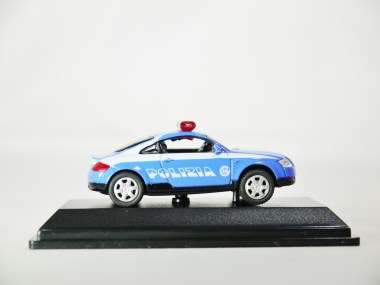 REAL-X COLLECTION 1-72 ITALY POLIZIA CAR 517 - AUDI TT Patrol Car - 05