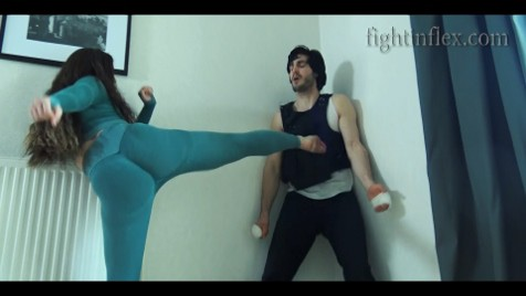 Alicia 06 ACTION fightinflex.mp4 25 476x268 1 | Mixed Fighting Women Action Movies | tozani.fr