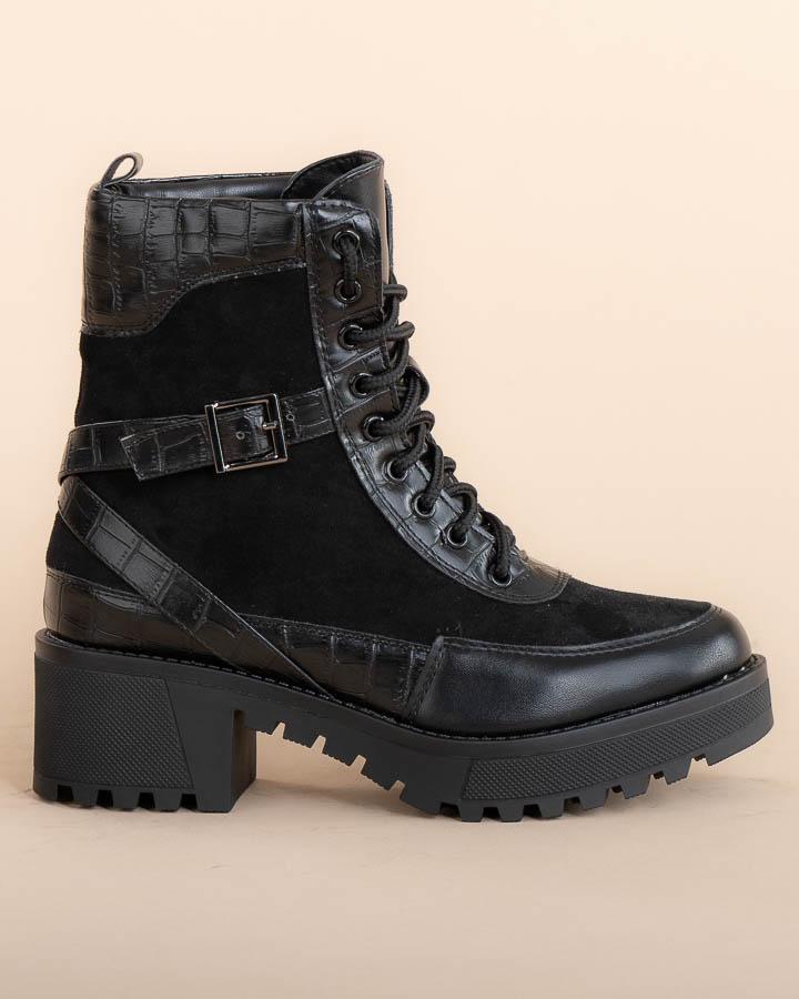 Boots pour femme noires montantes avec boucle et cordons