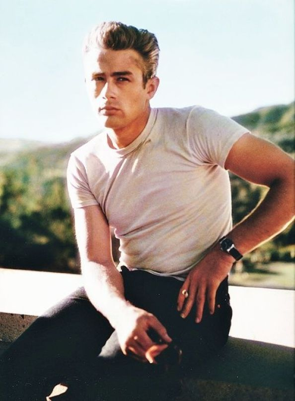 ICONIC STYLE: GET THE JAMES DEAN LOOK