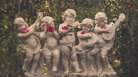 Freaky Little Garden Statue - Click To Enlarge