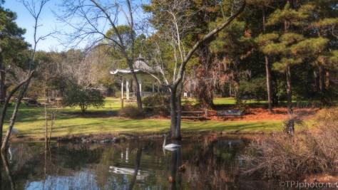 Park Pond, Gazebo - click to enlarge