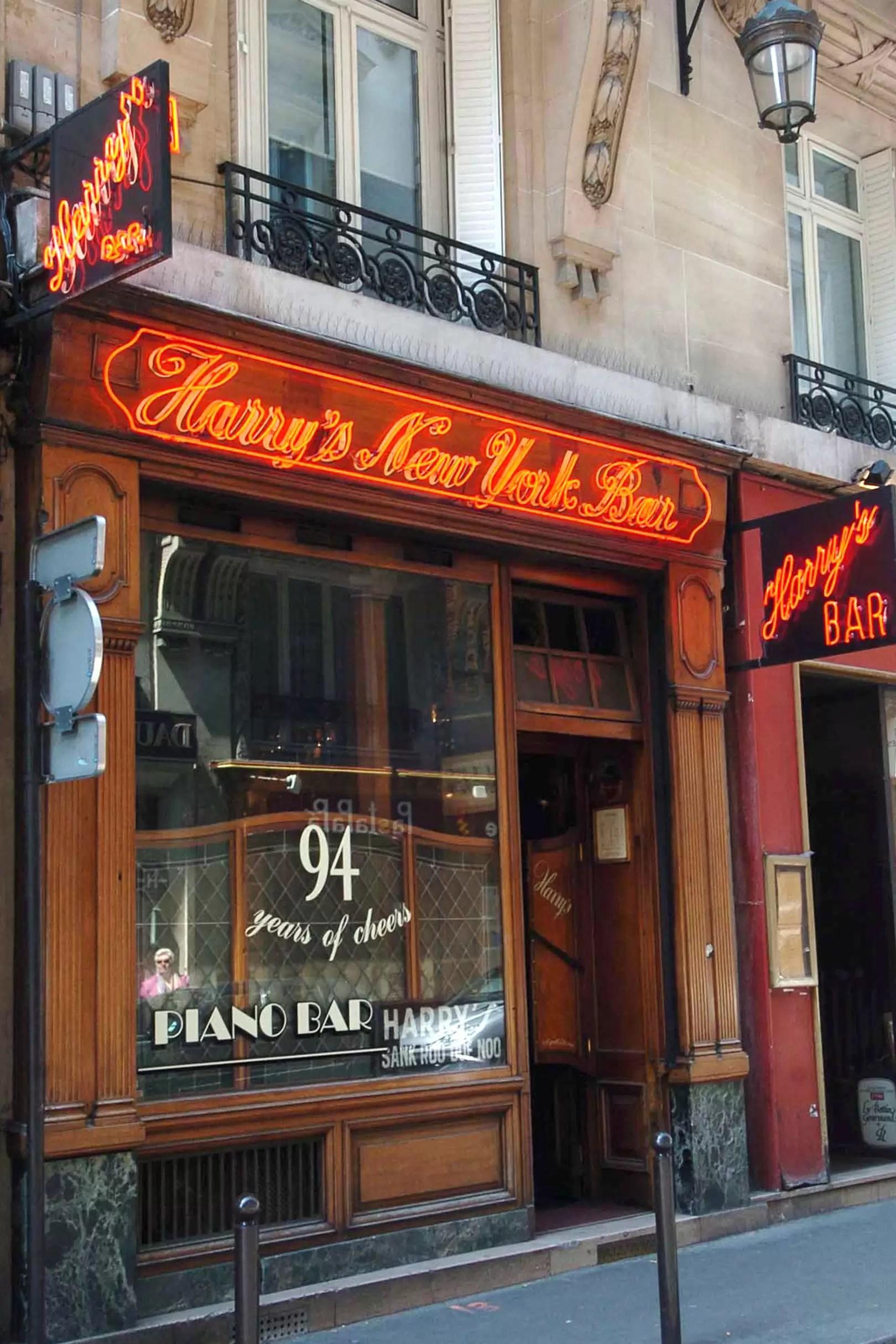 the ultimate paris travel guide cn