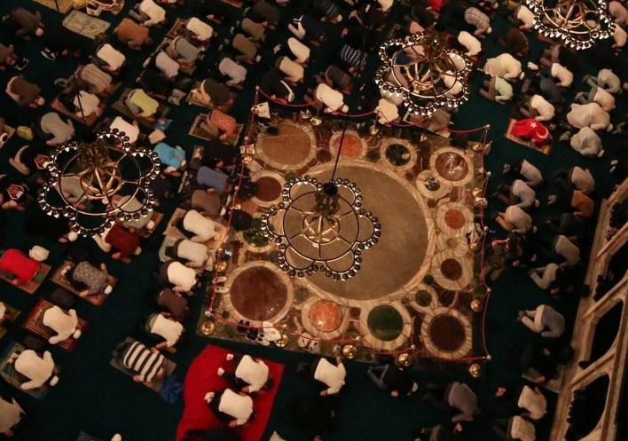 بقعة داخل مسجد آيا صوفيا خارج حدود الصلاة.. لماذا؟