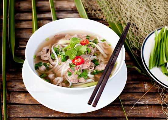 Pho - Vietnam geleneksel yemeğidir
