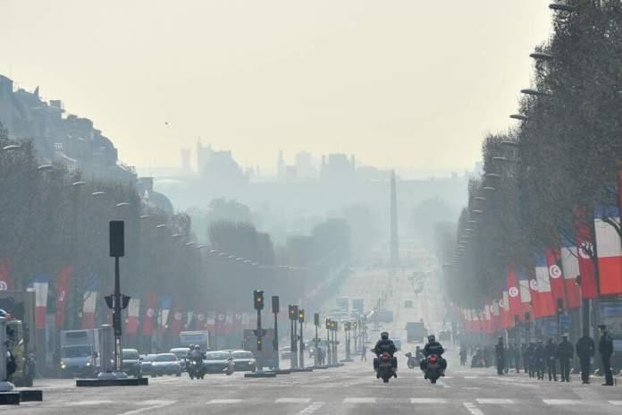 Les rues de Paris, le 8 avril 2015