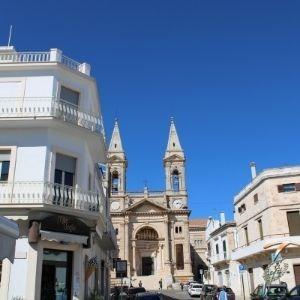 Alberobello y Polignano a Mare