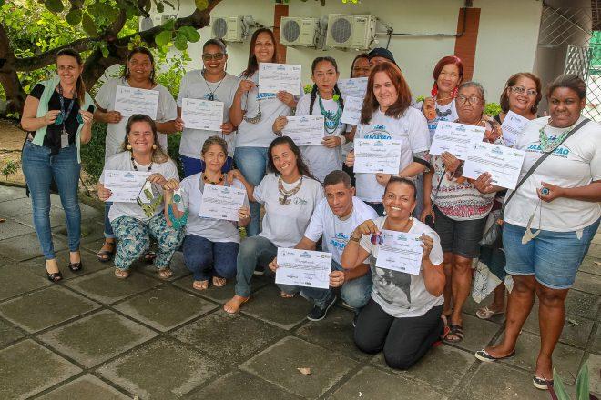 Prefeitura do Jaboatão entrega certificados aos 150 alunos da primeira turma do curso de Economia Solidária