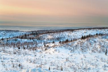 Paisagem da Tundra durante a maior parte do ano