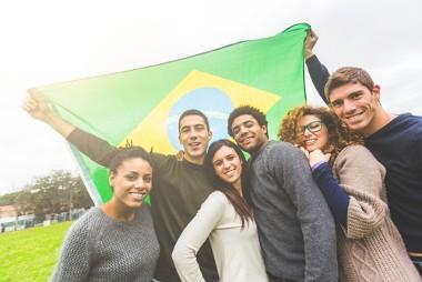 O povo brasileiro apresenta uma variada composição étnica