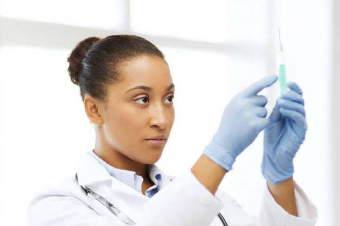 https://abrilexame.files.wordpress.com/2016/09/size_960_16_9_mulher-preparando-anestesia1.jpg?quality=70&strip=info&w=920