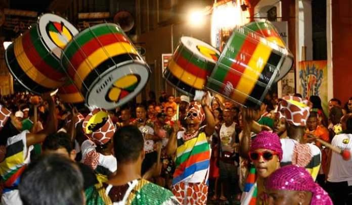 Como é comemorado o carnaval no Brasil, blog A Camminare