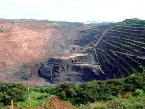 Extração de minério na Serra dos Carajás, estado do Pará.