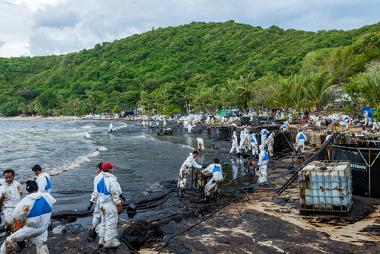 Impactos de um derramamento de petróleo ocorrido na Tailândia no ano de 2013 *