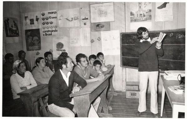 Reunião em escola, década de 60