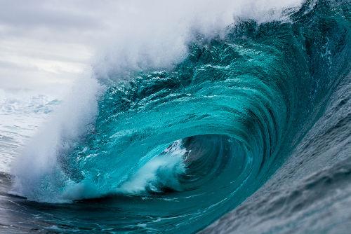 Todos os tipos de ondas podem sofrer reflexão, refração e difração