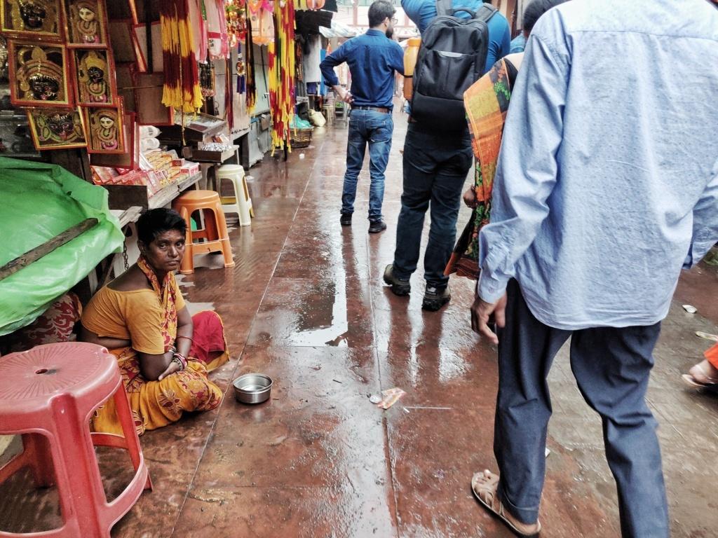 Trabloggers_ kolkata street photography kali ghat temple streets