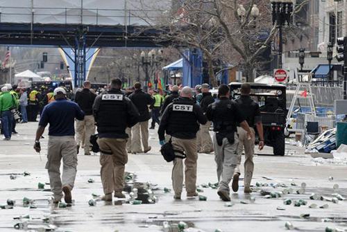 Black and Khaki Mystery Men Identified CST Craft International Blackwater Mercenaries Contractors Boston Bombing False Flag