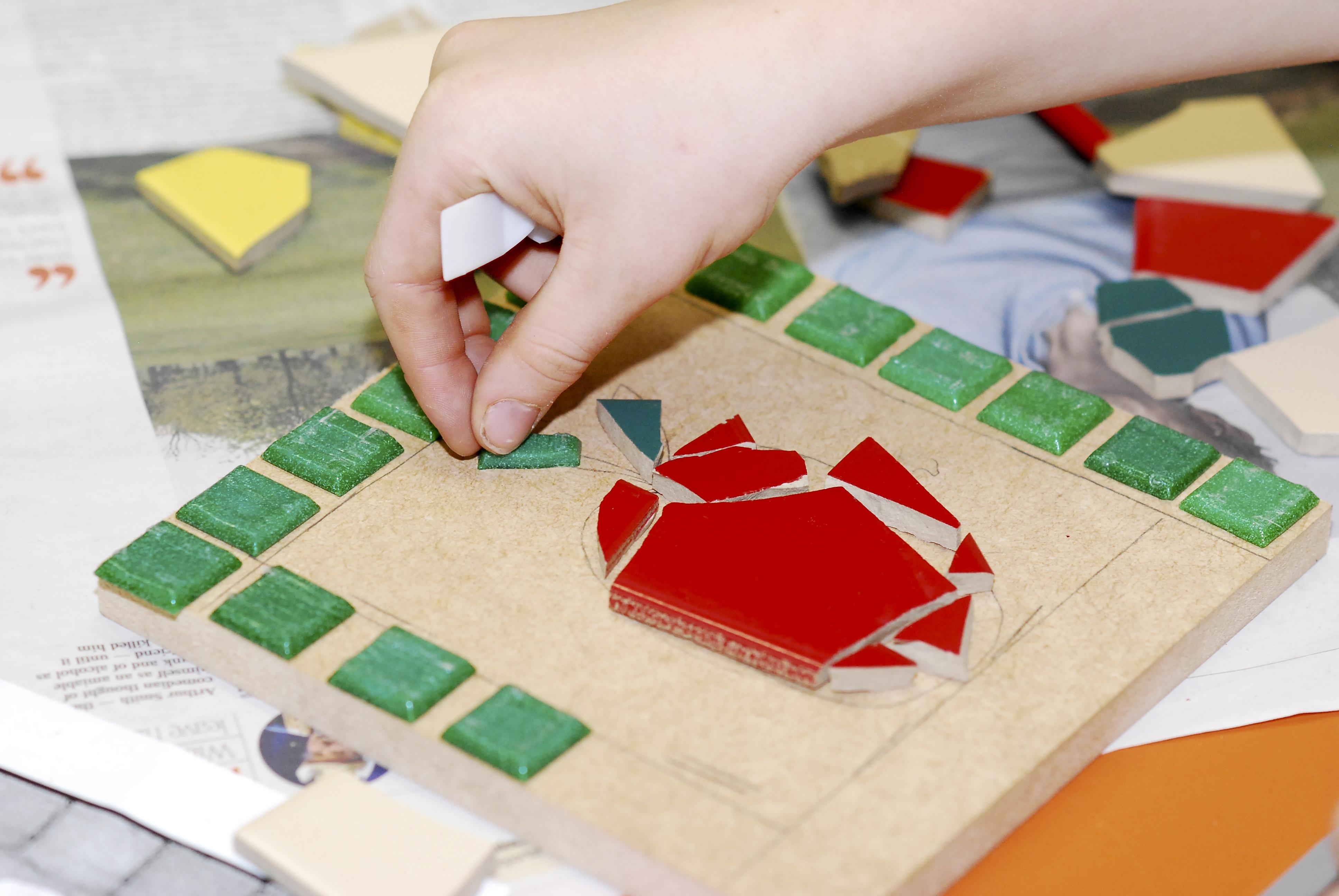 Creating the mosaic design