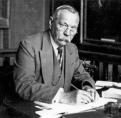 Sir Arthur Conan Doyle : Sherlock Holmes
