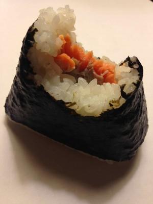 เที่ยวญี่ปุ่นแบบประหยัด ต้องกิน ข้าวห่อสาหร่าย