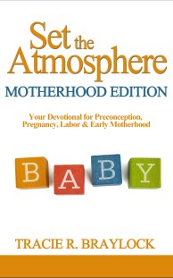 Set the Atmosphere Motherhood Edition with Border